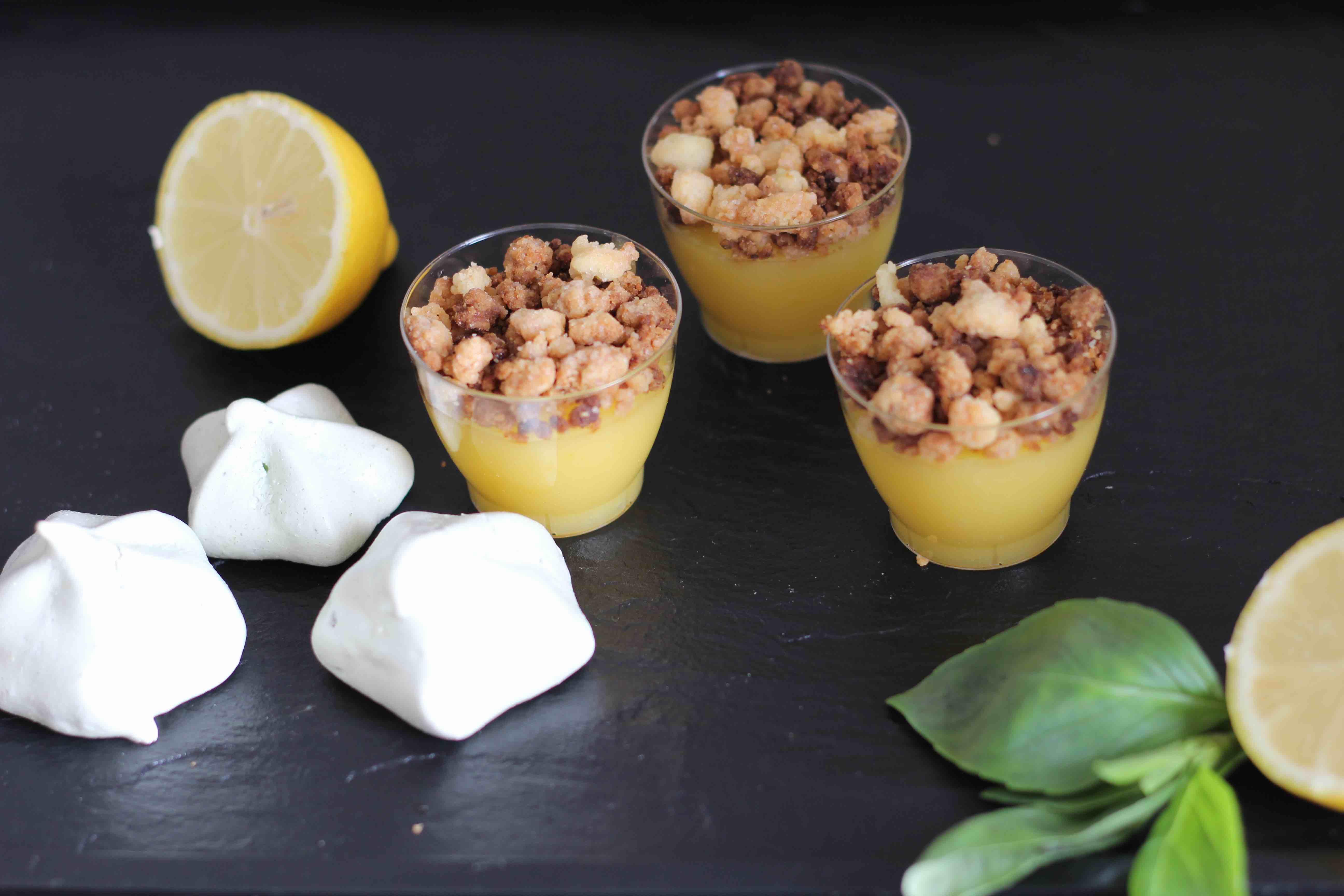 Mini crumble au lemon curd et meringue au basilic – Foodista Challenge #5