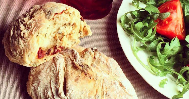 Petits pains tomates ciboulette
