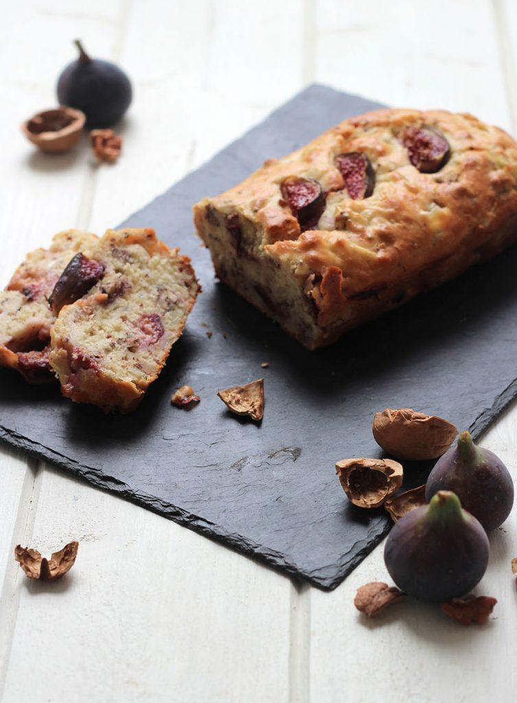 Cake aux figue, oignons caramélisés et moutarde à l'ancienne 3