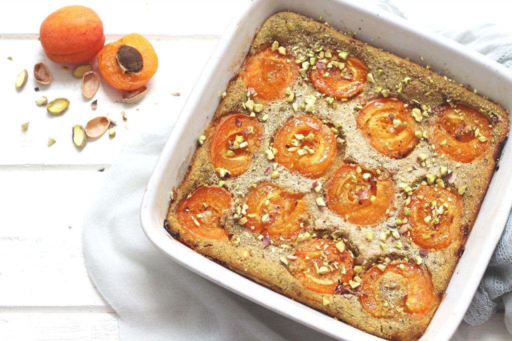 Clafoutis aux abricots et pistache