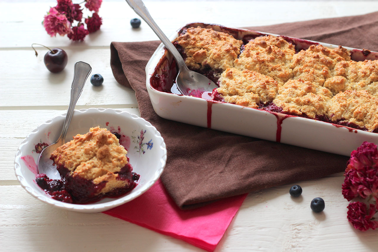 Cobbler aux fruits rouges