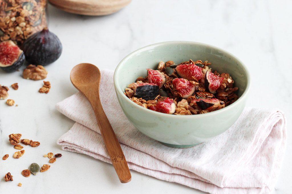 Granola aux figues, noix et graines de courge 2