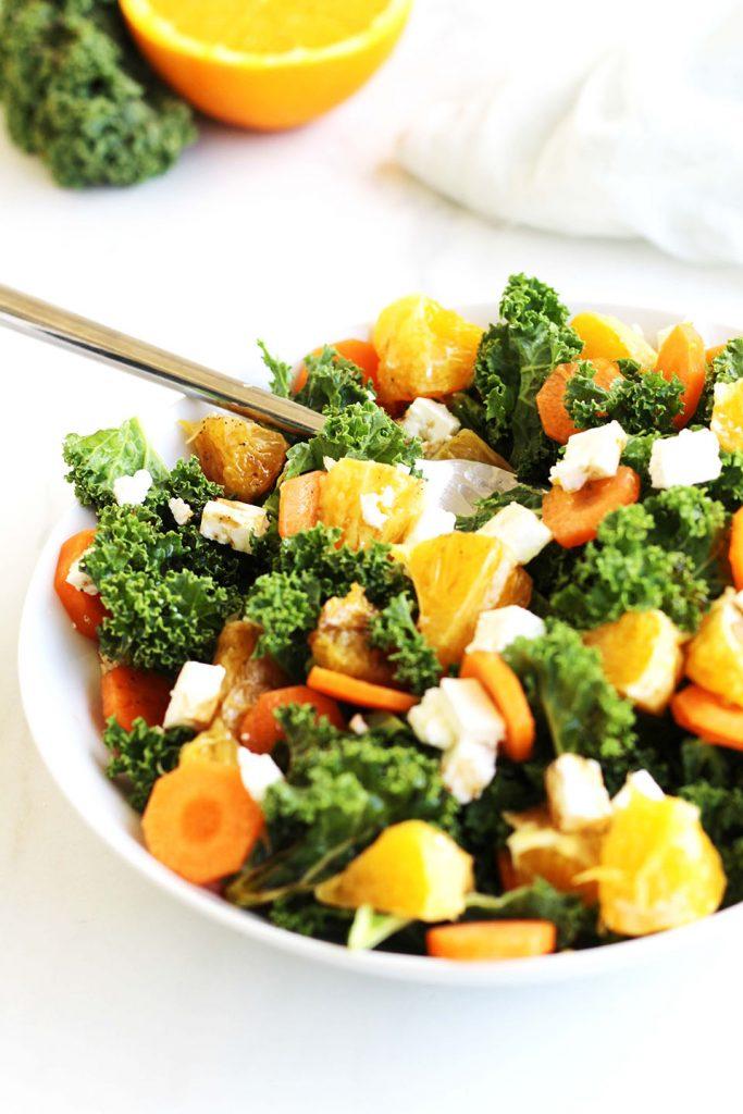 Salade de chou kale, carotte orange et feta 2