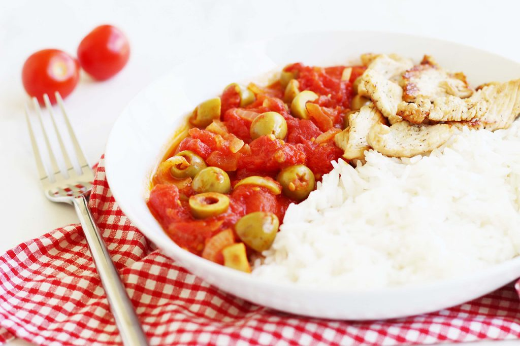 Poêlée de dinde à la tomate et olive 2