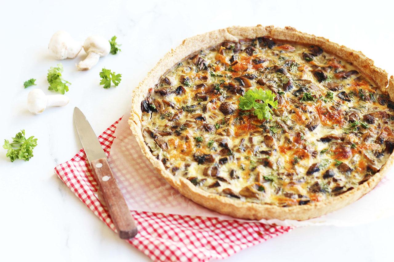 Quiche aux champignons, jambon et persil 4