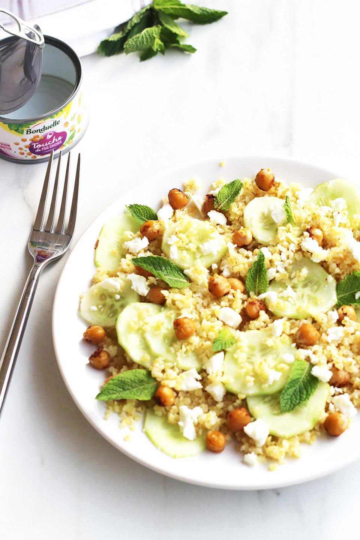 Salade de boulghour, concombre, pois chiche, feta et menthe